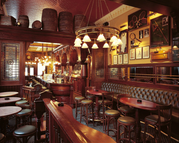 From the archive don t be a pillock in the pub do s and for Interior designs for pubs