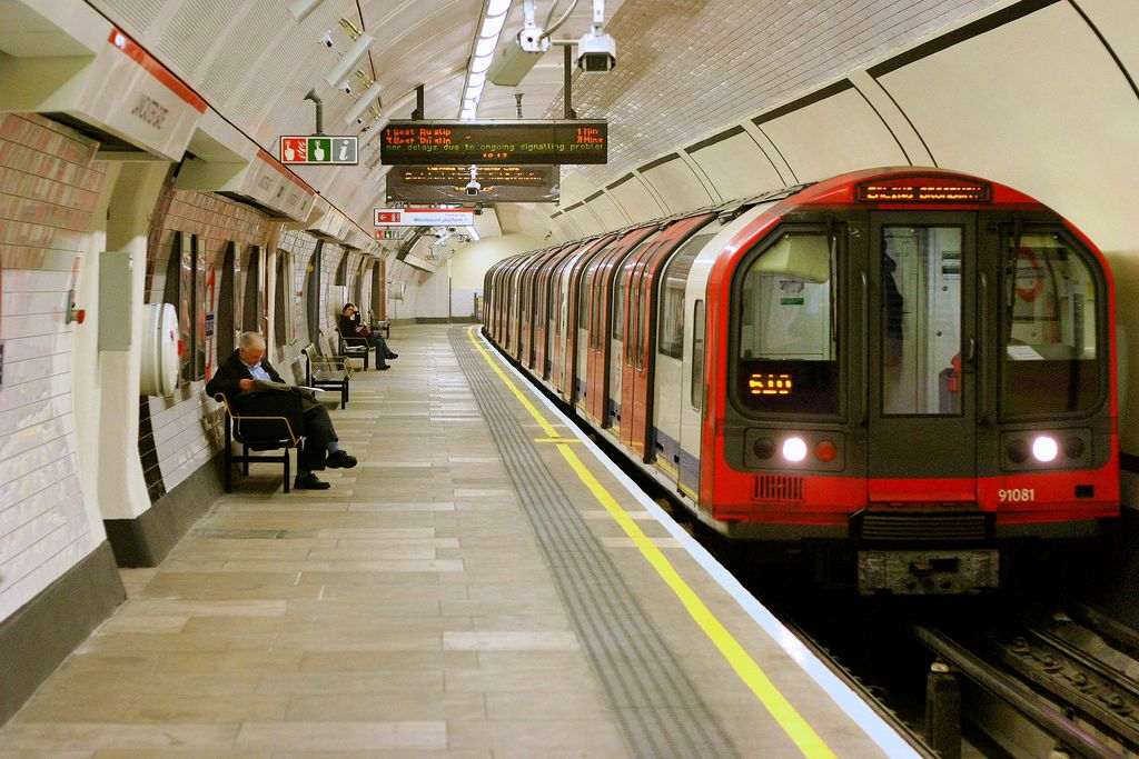 Tube Love: Top 10 Things I Love About the London ...